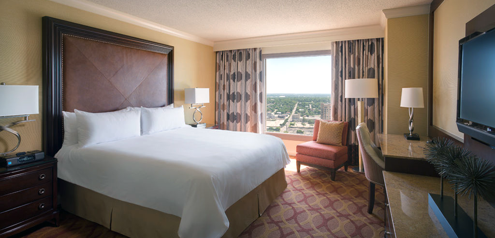 Hotel Accommodations: San Antonio Marriott Riverwalk