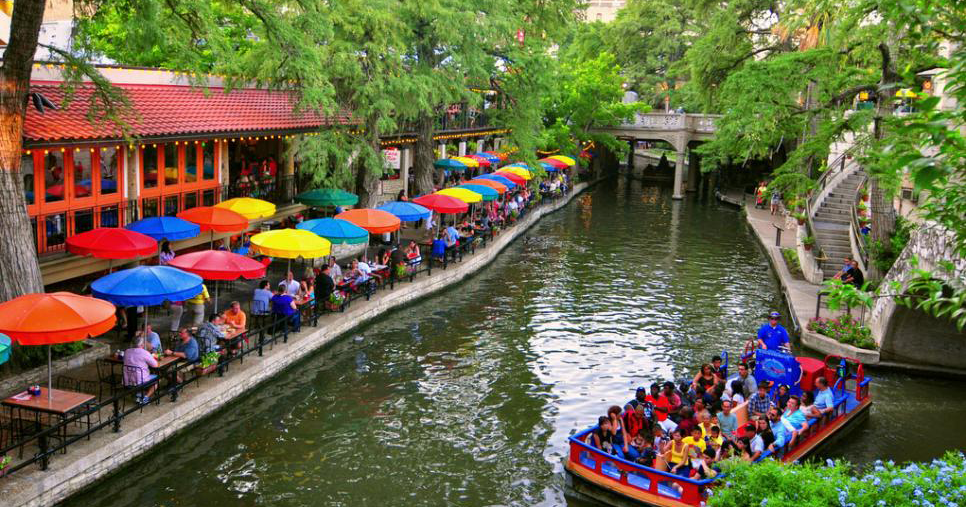 Top 5 things to do near the River Walk